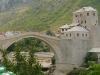 Mostar - widok na Stary Most łączący brzegi Neretwy