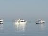 Egipt, Hurghada - łodzie przycumowane przy rafie