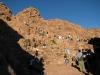 Odpoczynek podczas schodzenia z Góry Synaj