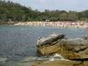 Mniejsza plaża, za skałami w Manly, Australia