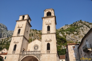 Romańska katedra św. Tryfona w Kotorze