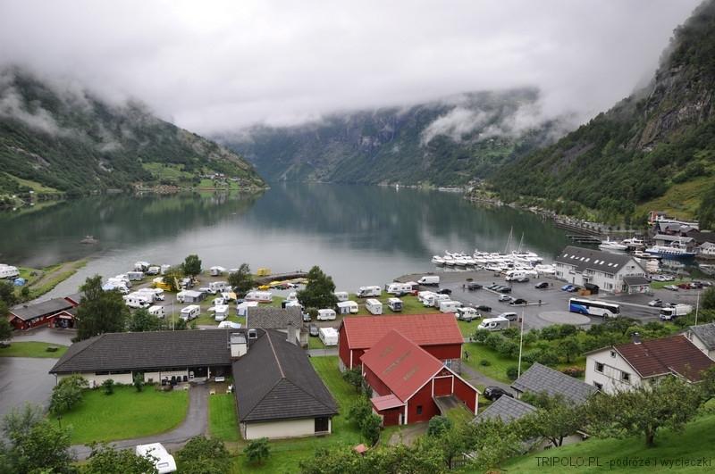 Widok na Geirangerfjord od strony miasteczka