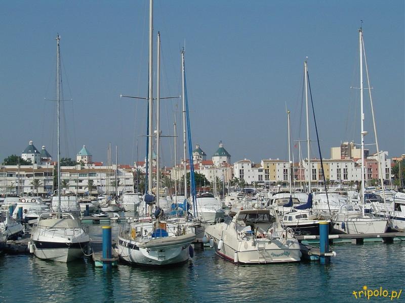 Portugalia, port jachtowy w Vilamoura