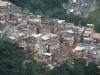 Favela u stóp szczytu Corcovado