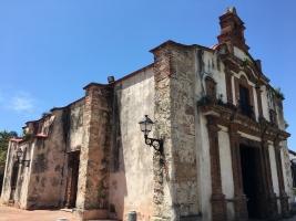 Kaplica Capilla de la Tercera Orden Dominica przy ulicy Calle Padre Billini.
