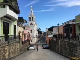 Santo Domingo - ulica prowadząca z Zona Colonial do Ruinas de San Francisco.