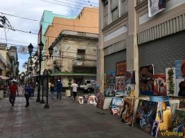 Santo Domingo - deptak w historycznym centrum (Zona Colonial).