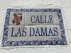 Ulica Calle Las Damas. Warto przespacerować się tą pierwszą ulicą Nowego Świata podziwiając kolonialną zabudowę.