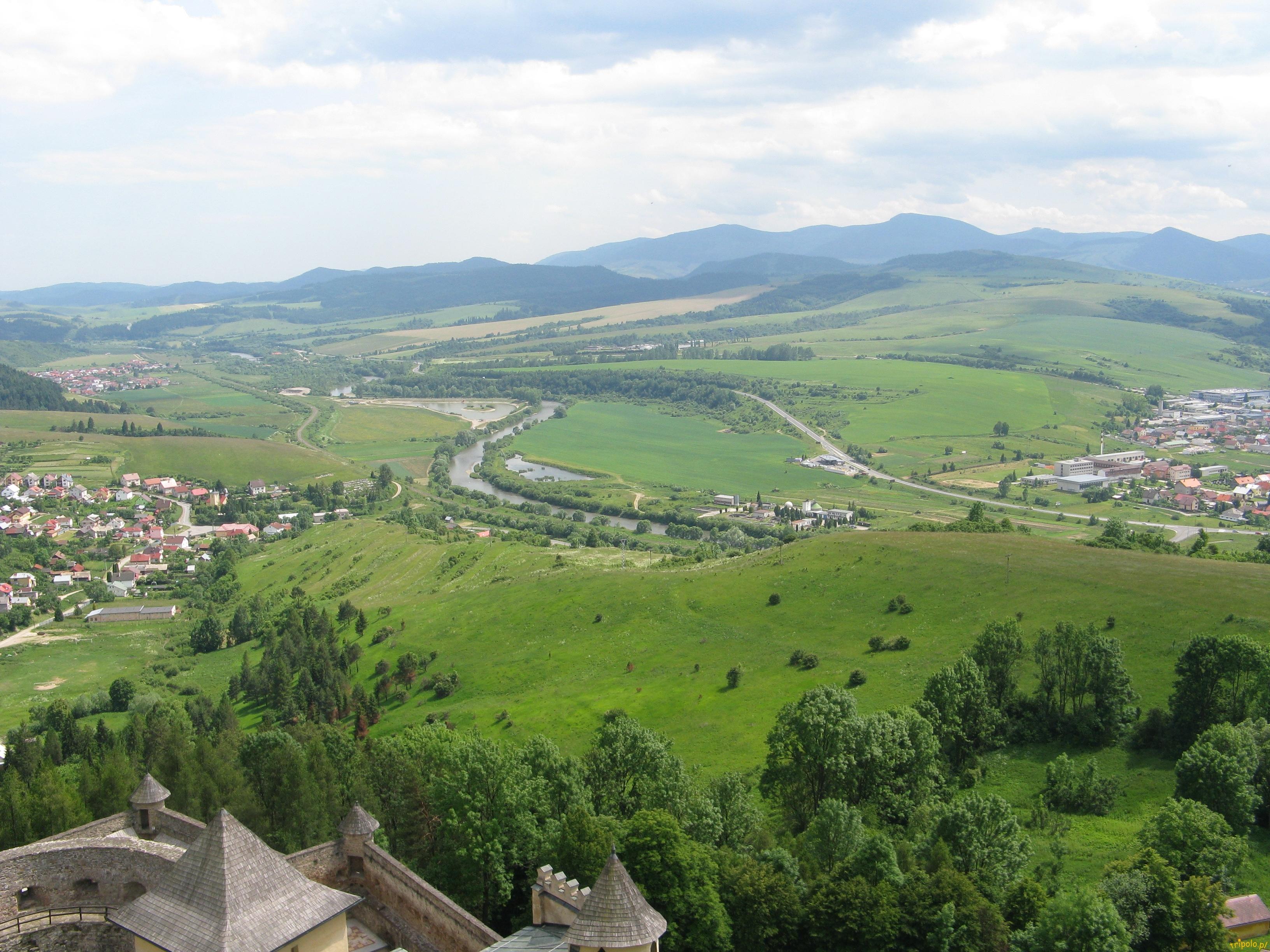 Widok z zamku na miasteczko