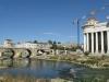 Macedonia, Skopje - Kamienny Most na rzece Wardar