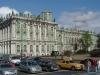 Widok na Ermitaż w Sankt Petersburgu