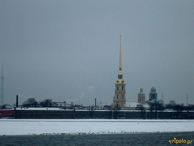 Sankt Petersburg - Newa i twierdza Pietropawłowska