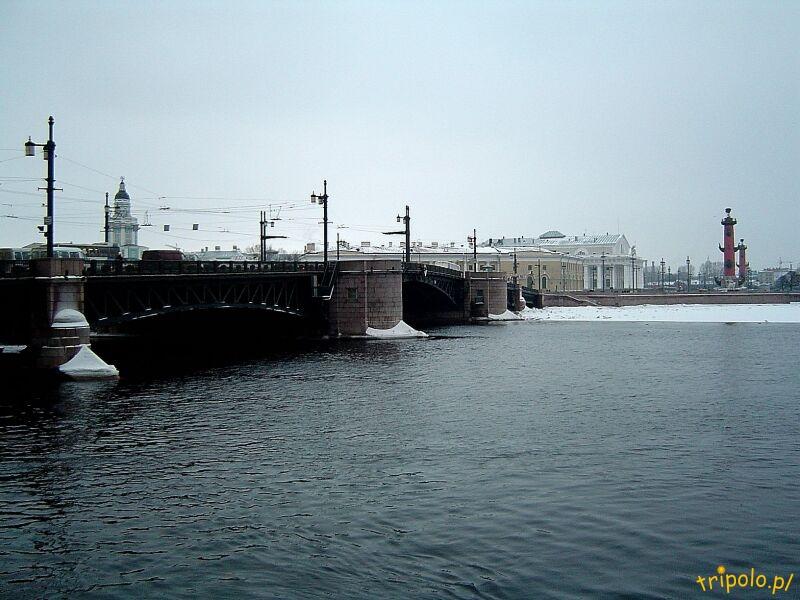 Most zwodzony na Newie