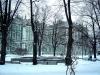 Park przed Ermitażem zimą