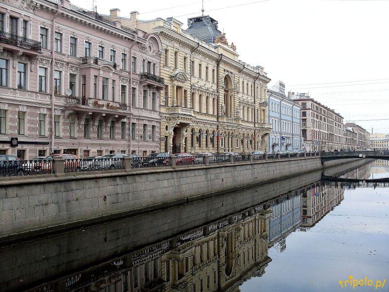 Kamienice nad Kanałem Gribojedowa w Sankt Petersburgu