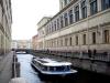 Stateczki wycieczkowe po kanałach Sankt Petersburga