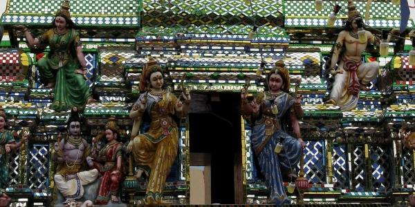 Malezja, Johor Bahru – pierwsza na świecie świątynia ze szkła – WYCIECZKA