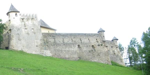 Cudowny zamek w Starej Lubownej  – WYCIECZKA