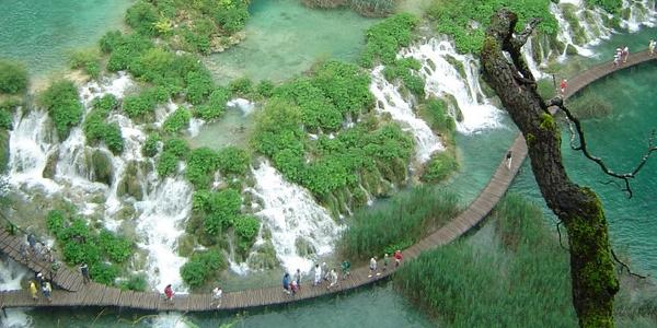Chorwacja – nie tylko plaże i Adriatyk – WYCIECZKA na Jeziora Plitwickie