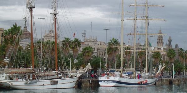 Barcelona – atrakcje i zabytki, co warto zobaczyć i zwiedzić – WYCIECZKA do Barcelony na jeden dzień lub na weekend