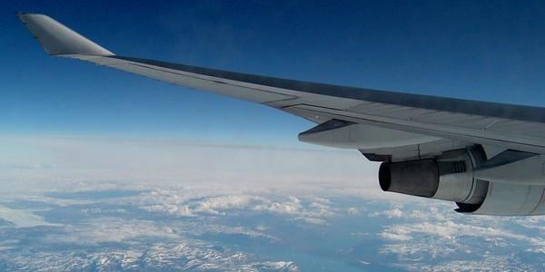 Tanie latanie i tanie linie lotnicze – prawdy i mity – na co zwrócić uwagę – PORADA