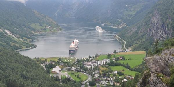 Norwegia, Geiranger i Geirangerfjord – WYCIECZKA wokół najpiękniejszego z fiordów Norwegii